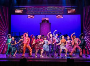 Hairspray UK Tour 2017-2353 (Medium)