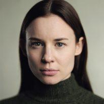 Rebecca Jayne-Davies headshot