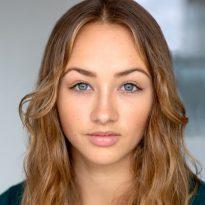 Zoe Heighton headshot